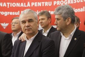 Anghel Iordănescu, alături de un prieten drag, Gabi Oprea (dreapta), de care-l leagă și multe interese