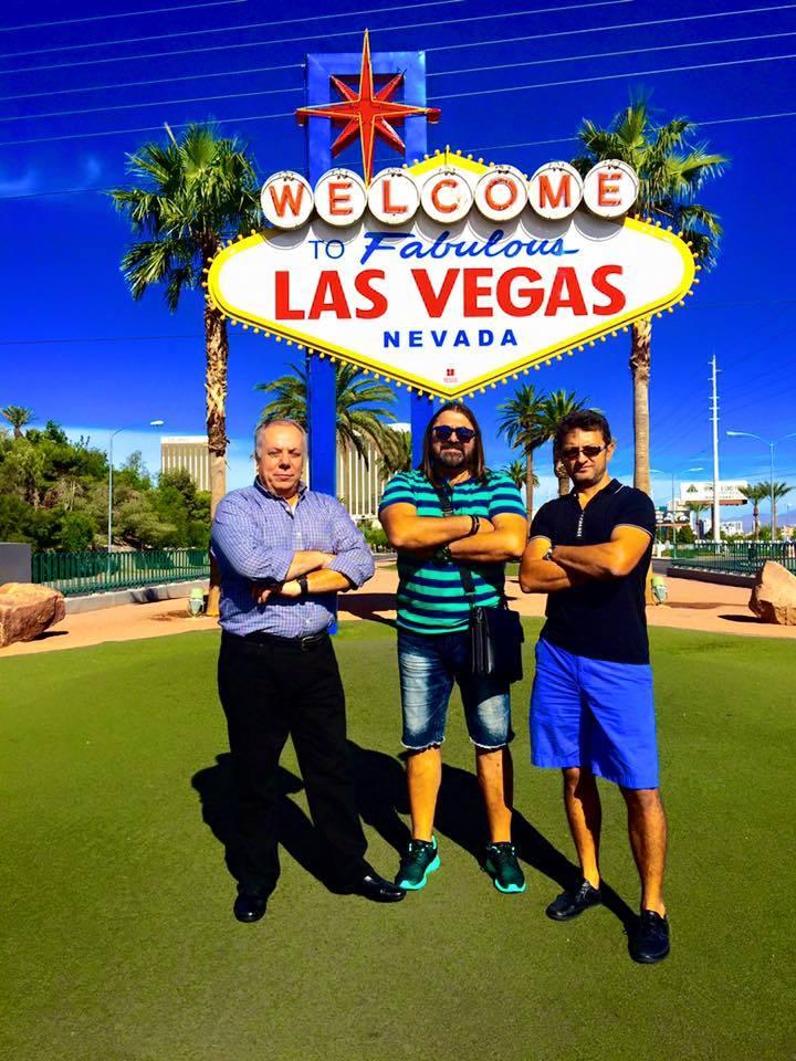 Gheorghe_Gheorghiu-_cu_doi_mariani_putere_acasa___in_Las_Vegas.jpg