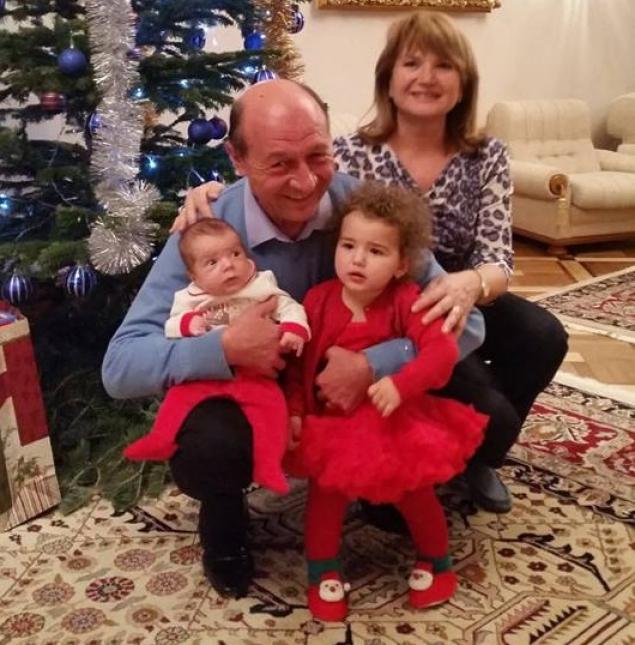 Traian Basescu-nepoti