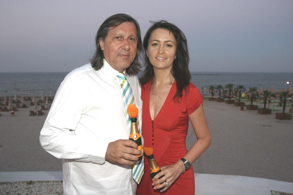 Ilie și Amalia Năstase de la o nuntă luxoasă la un divorț