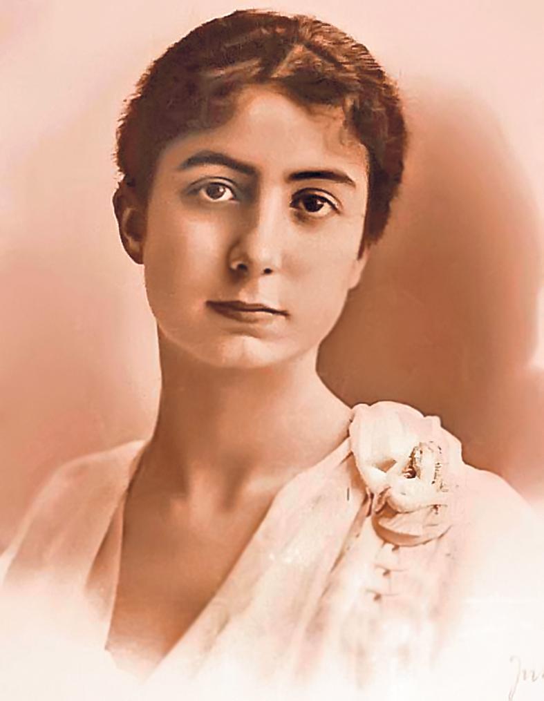 12-13-Maria-Cantacuzino