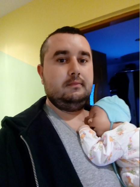 Lucian și bebelușul