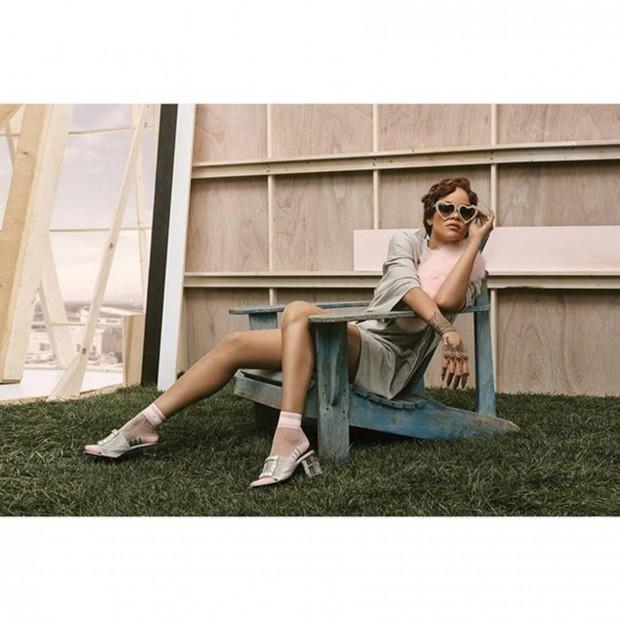 Rihanna, colecție de șosete