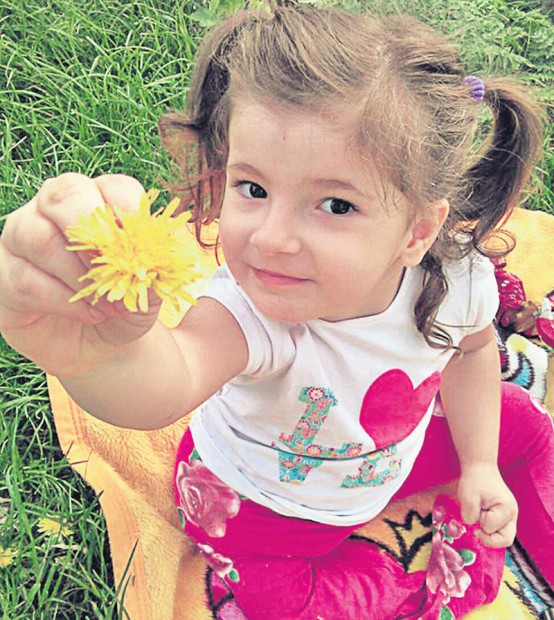 O minune de fetiță de doar 3 ani și jumătate