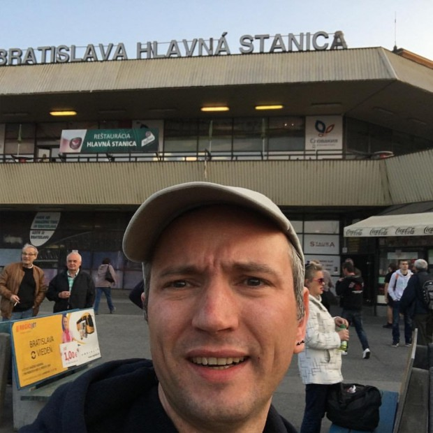Adam Leyton a vizitat 12 țări în 24 de ore