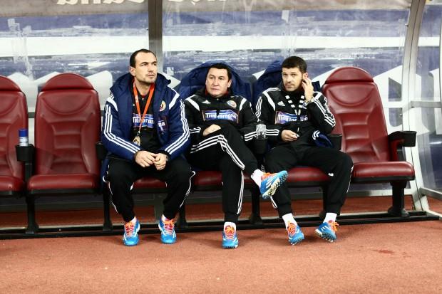 Ionuț Badea (primul din stânga) e favorit să-i ia locul lui Iordănescu