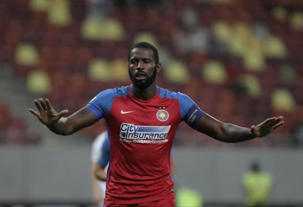 Fernando Varela e dorit de PAOK Salonic, dar mai are un an de contract cu Steaua