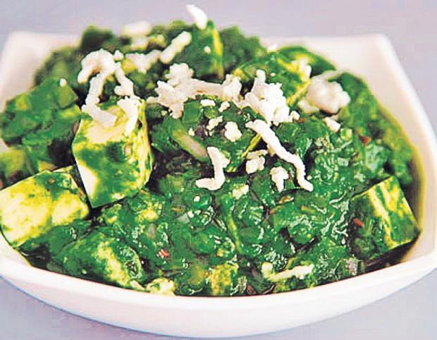 Palak paneer e una dintre mâncărurile preferate ale Iuliei