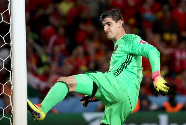 epa05402351 Goalkeeper Thibaut Courtois of Belgium reacts after the 3-1 goal during the UEFA EURO 2016 quarter final match between Wales and Belgium at Stade Pierre Mauroy in Lille Metropole, France, 01 July 2016. (RESTRICTIONS APPLY: For editorial news reporting purposes only. Not used for commercial or marketing purposes without prior written approval of UEFA. Images must appear as still images and must not emulate match action video footage. Photographs published in online publications (whether via the Internet or otherwise) shall have an interval of at least 20 seconds between the posting.) EPA/SRDJAN SUKI EDITORIAL USE ONLY