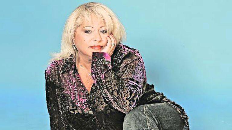Margareta Pâslaru* Margareta Pîslaru - De Mă Iubeşti / Parcă, Parcă Ţin La Tine / Am Luat Vacanță / Poate Dragostea