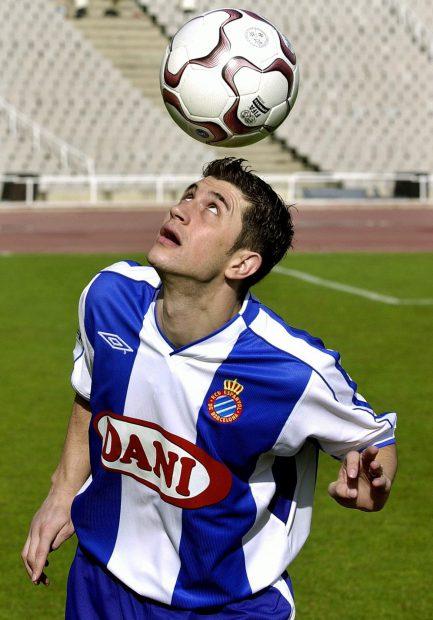 Claudiu Răducanu, în tricoul lui Espanyol Barcelona. (FOTO: EPA)
