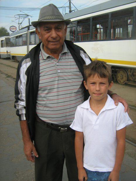 foto 3 - Constantin Burdulea cu nepotul Ion Ionuţ Alin -- IMG_5568