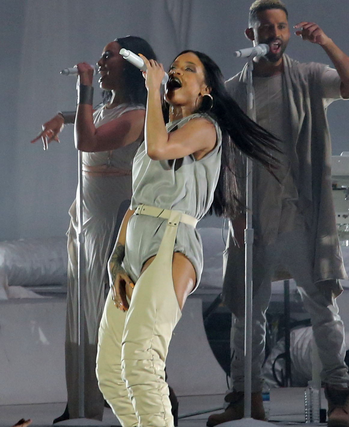 Rihanna Performs In Vancouver