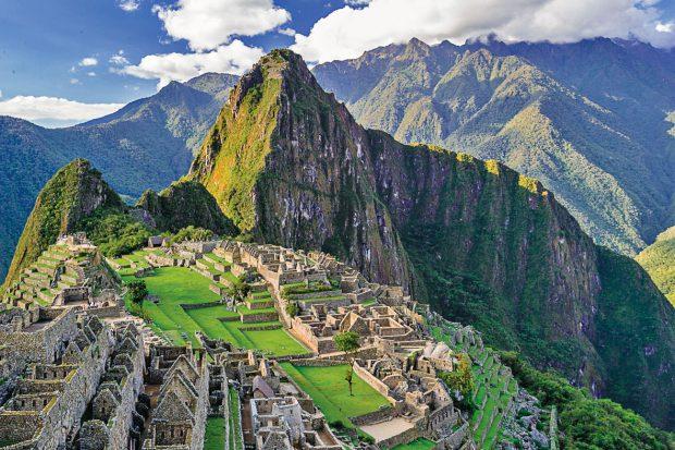 03-Machu-Picchu,-Peru
