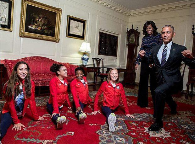 Barack Obama incearca sa faca spagatul