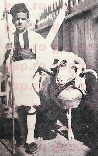 Gigi Becali pe când era cioban în devenire