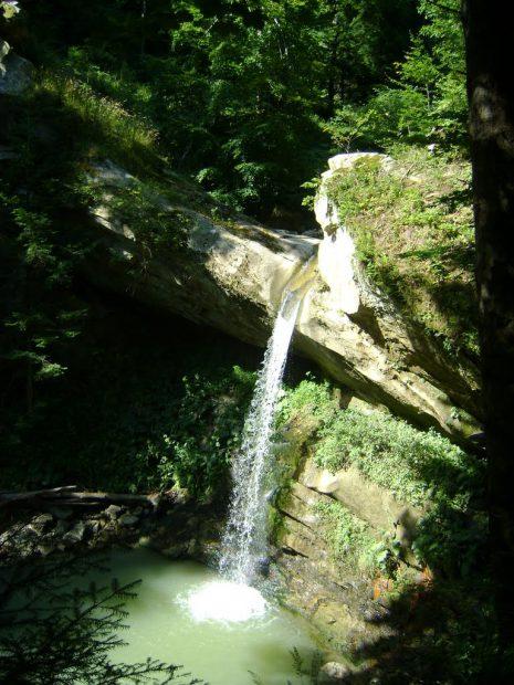 cascada lui Bucur (Muntioru)