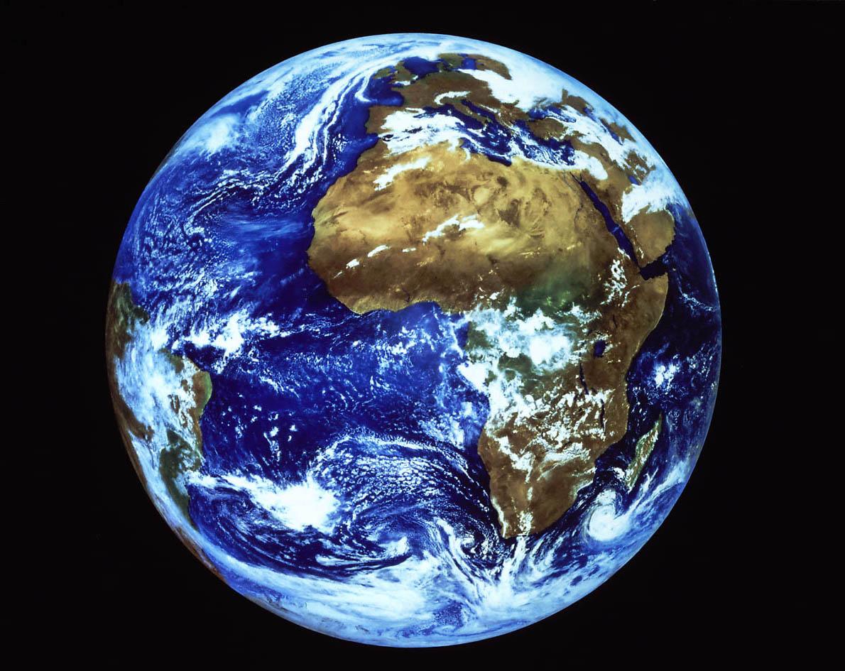 [Os Universos] - Fate/Kaleid Liner Prisma Illya Terra