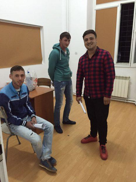Pe trei dintre hoții de biciclete din gruparea șui Țața, din Ilfov, i-a umflat râsul când judiciariștii le-au dat ordonanțele de reținere pentru 24 de ore