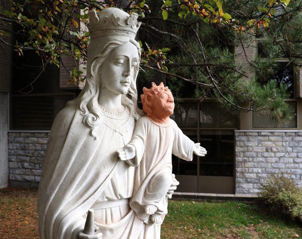 Statuie cu Isus, restaurată în Canada - Hepta