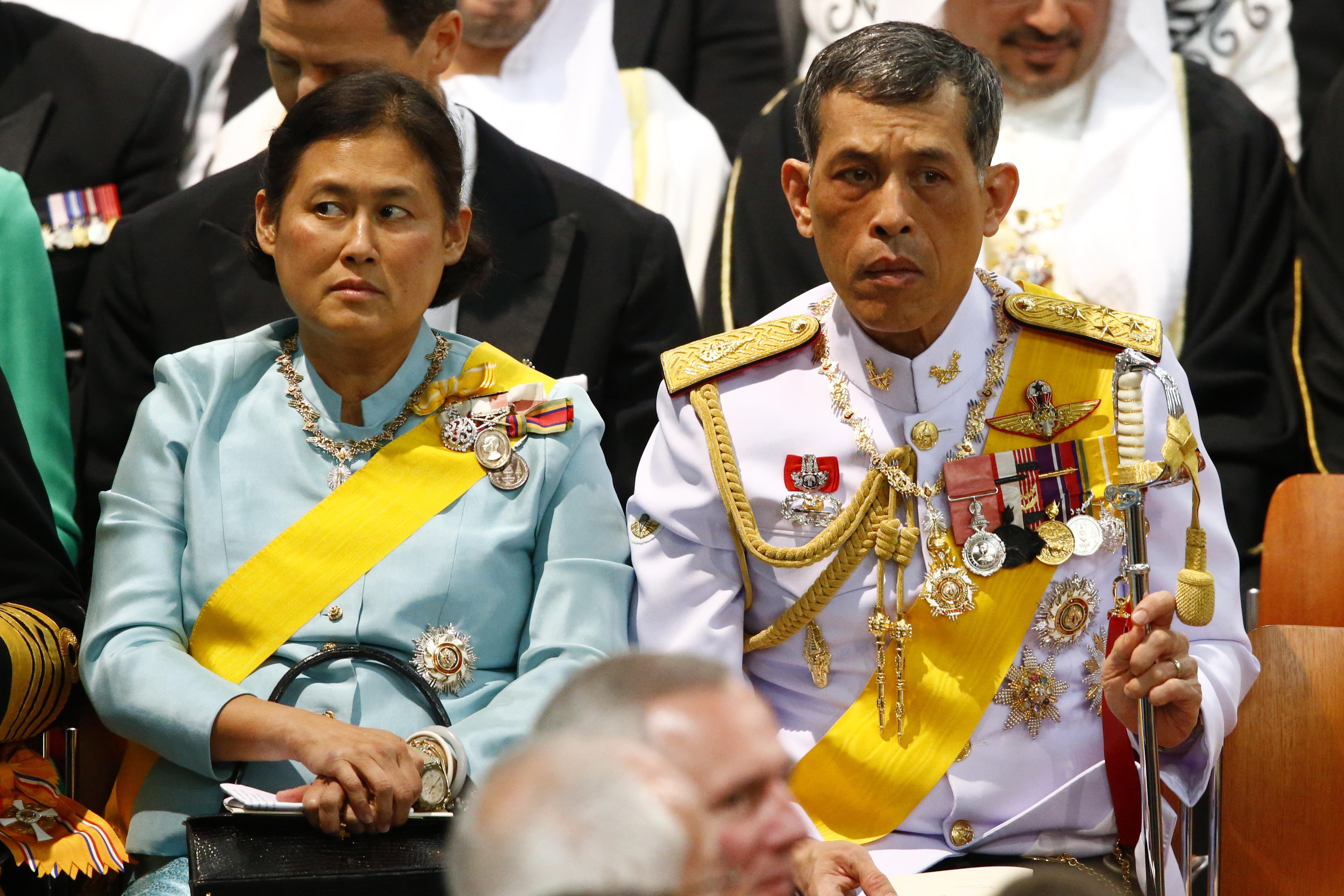 Prințul Maha, alături de sora lui, prințesa Maha Chakri Sirindhorn, pe care oamenii și-ar dori-o pe tron