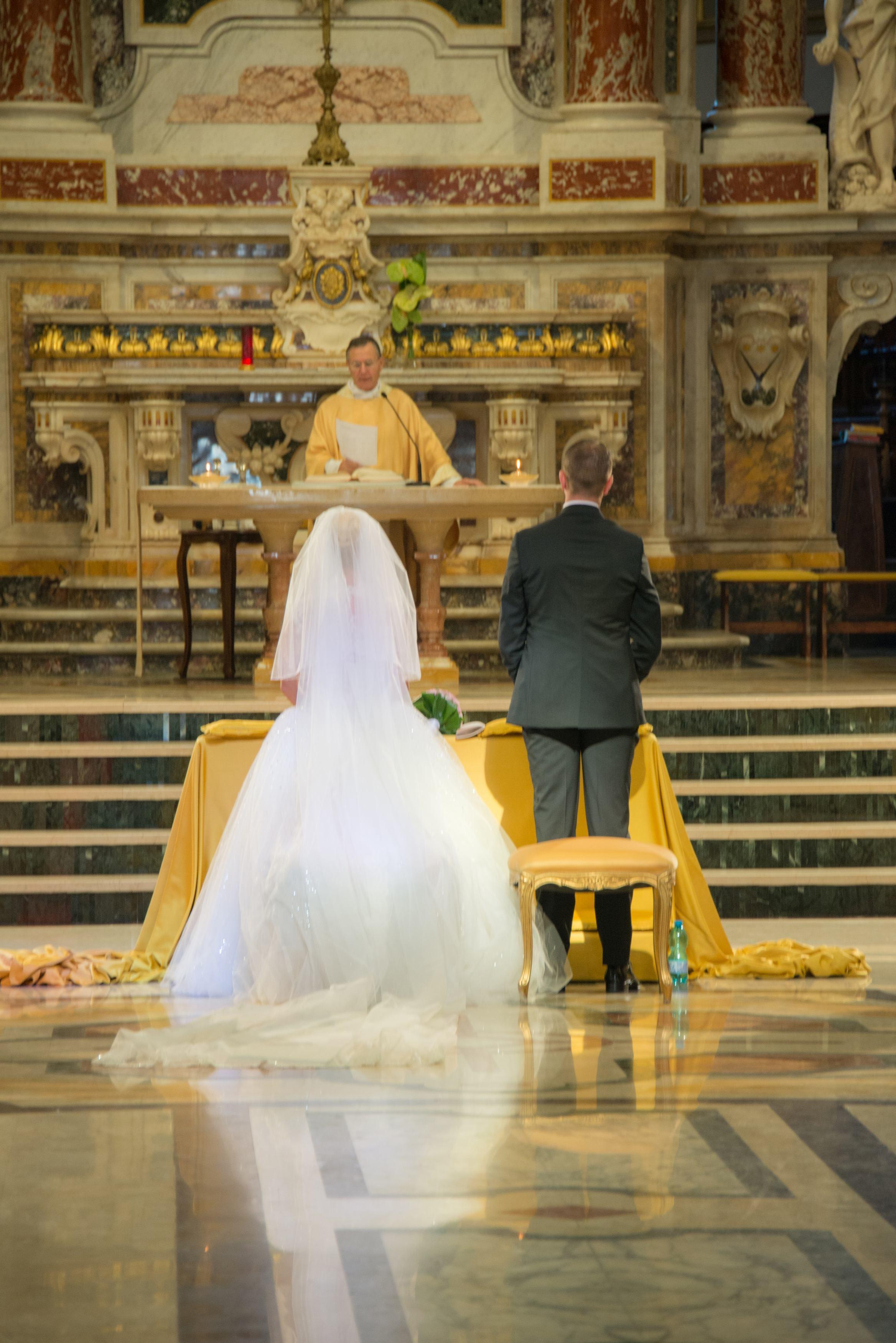 Islanda matrimoniale casatorie femei Femei Frumoase