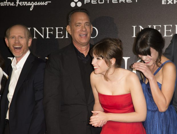 Ron Howard, Tom Hanks, Felicity Jones și Ana Ularu la premiera filmului Inferno