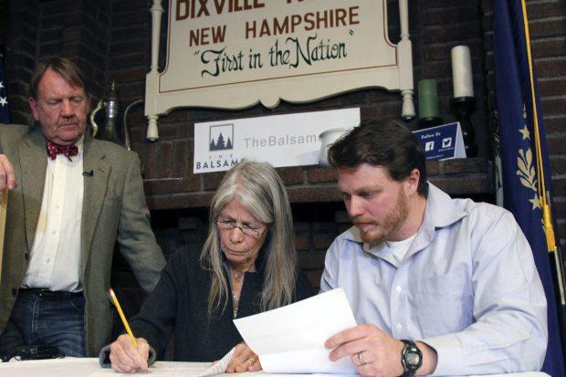 Alegeri SUA 2016 Primii americani care au votat sunt cei din localitatea Dixville Notch, din New Hampshire