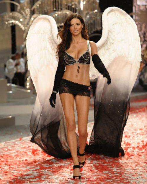 Adriana Lima, 2008, The Black Diamond Fantasy Miracle Bra