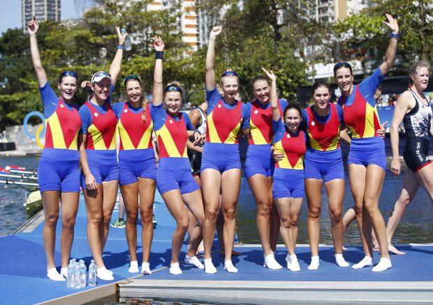 Barca feminină de 8+1 a României, medaliată cu bronz la Jocurile Olimpice de la Rio. (FOTO: EPA)