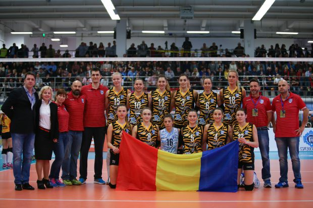 Echipa feminină de volei a clubului CSm București. (FOTO: Vlad Chirea)