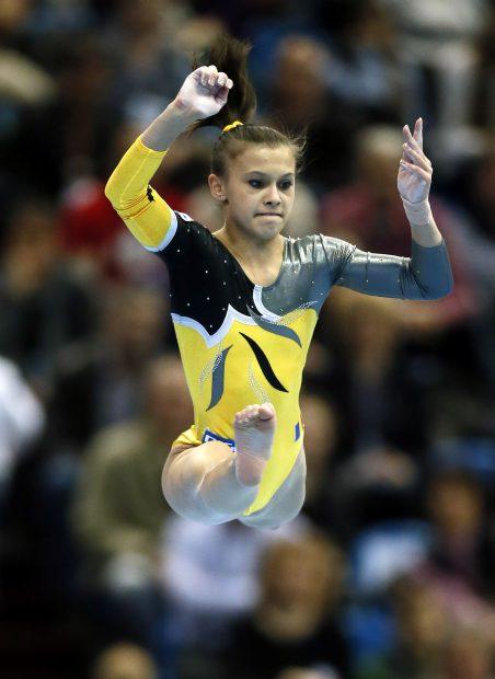 Diana Bulimar nu a reușit să se califice la Jocurile Olimpice cu echipa feminină de gimnastică a României. (FOTO: EPA)