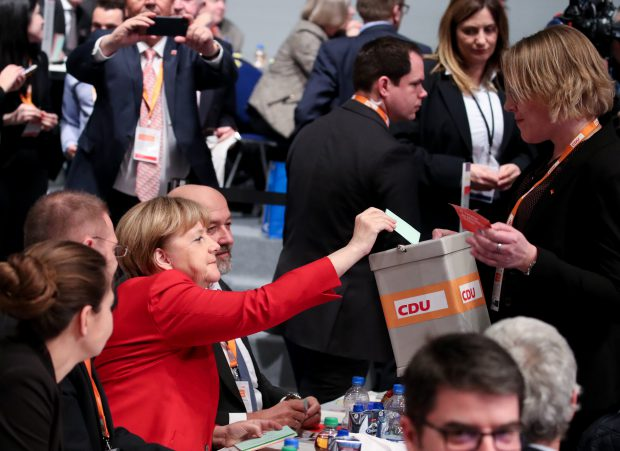 Angela Merkel, șefia CDU