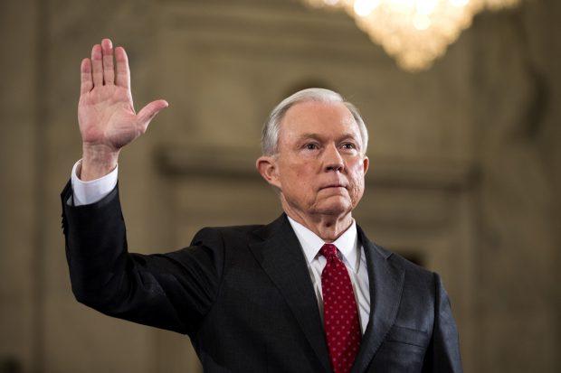Secretar al justiţiei (procuror general) Jeff Sessions