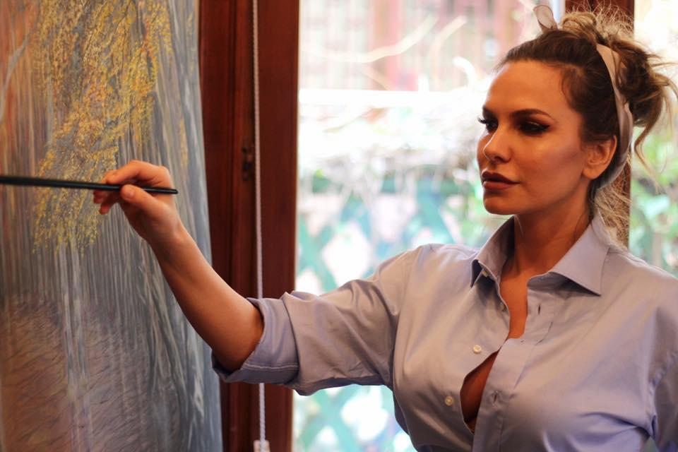Anna Lesko este foarte pasionat[ de pictură