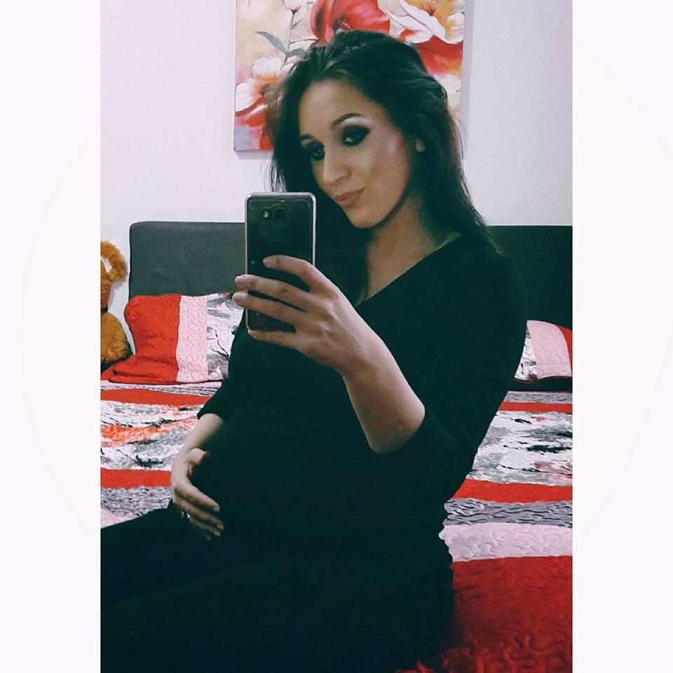Fosta iubită a lui Nicolea Guță, Dana Roba, este însărcinată cu primul ei copil, o fetiță