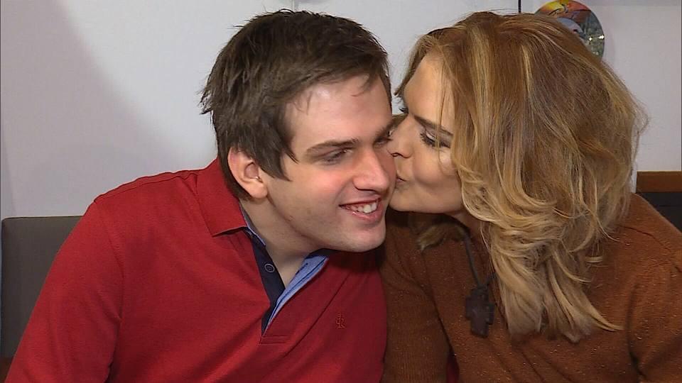 Manuela Hărăbor, alături de fiul ei, Andrei
