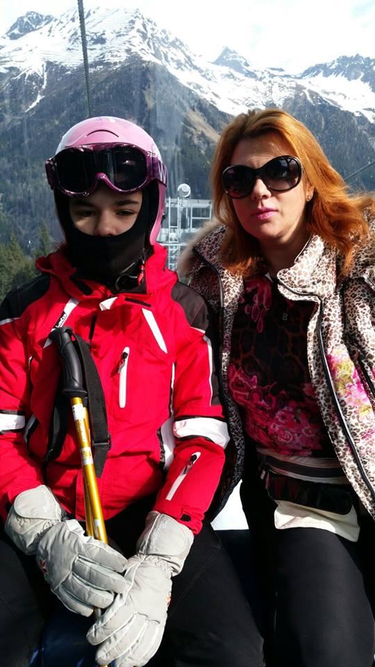 mihaela borcea si fiica sa