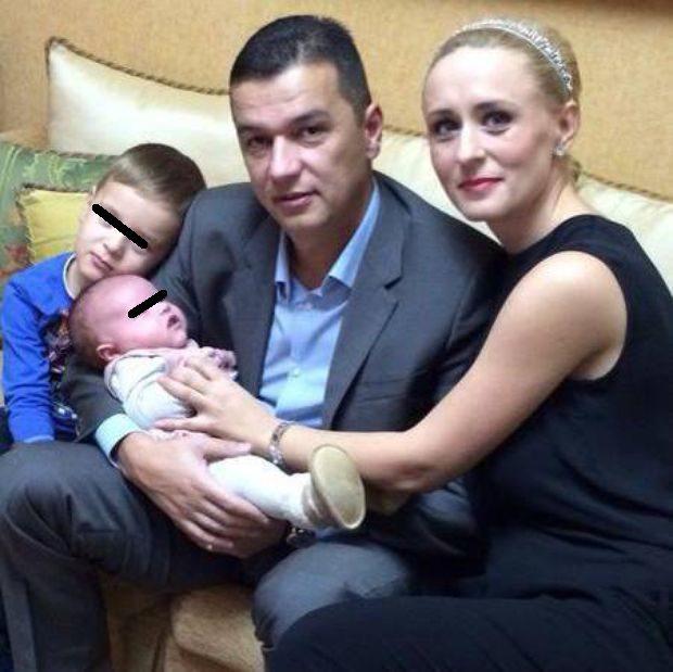 """Prima reacție a soției lui Sorin Grindeanu după 7 zile de proteste. """"Nu vreau să mai tac"""""""