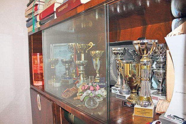 Un preot din Bistrița a devenit campion mondial la atelaje canine