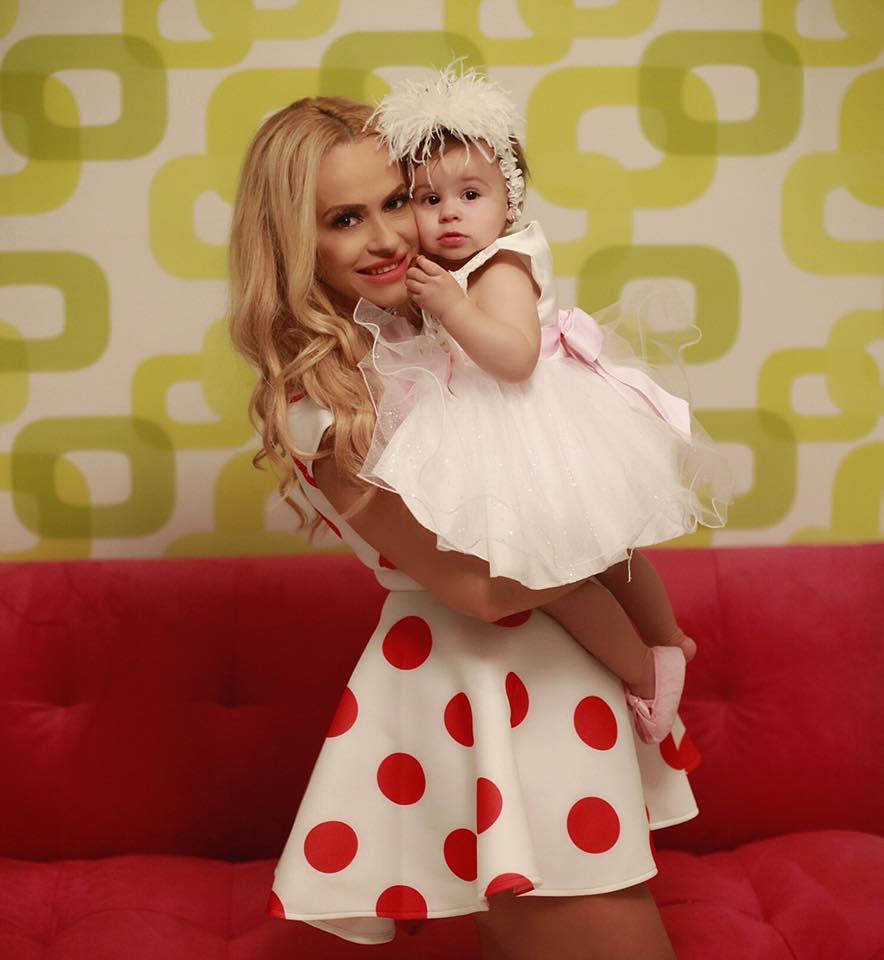 Anda Adam, alături de fiica ei, Evelin