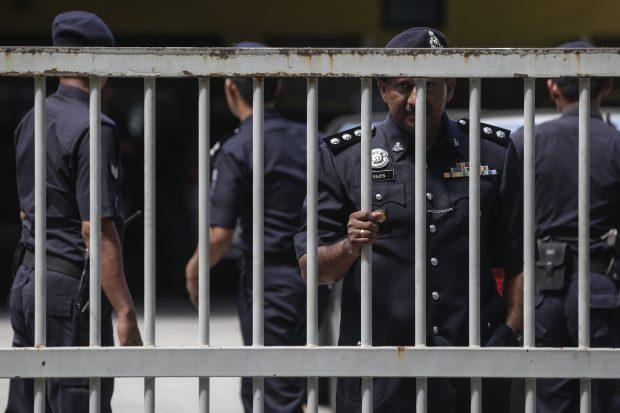 O femeie a fost arestată în Malaezia, în legătură cu asasinarea fratelui vitreg al lui Kim Jong-un. Principalele asasinate atribuite Coreei de Nord