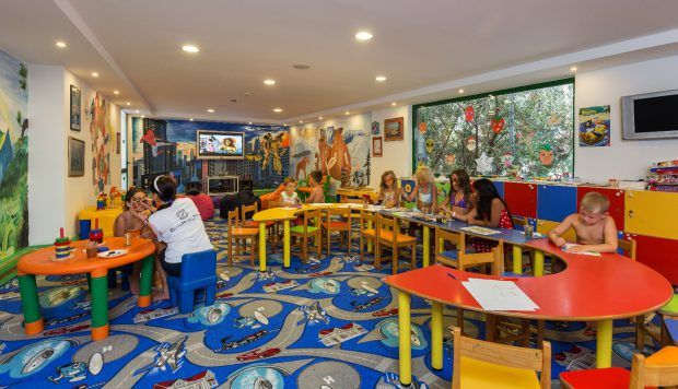 (P) Aventuri în familie la Club Hotel Sera din Antalya