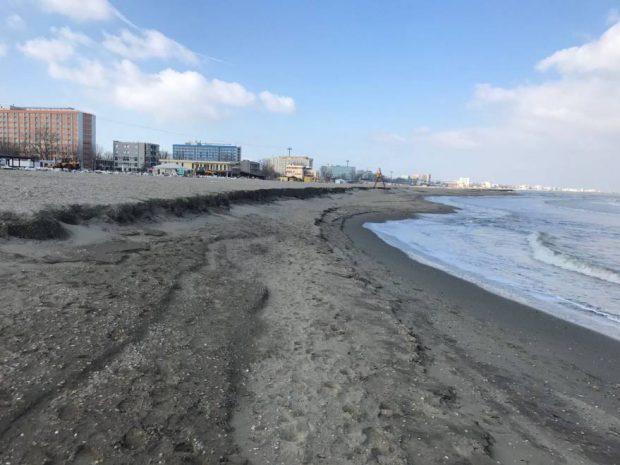 Plaja din Mamaia s-a surpat - cum arata acum plaja