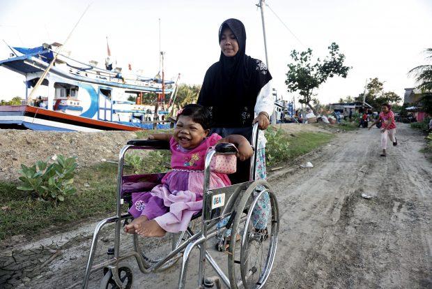 Sari Rezita Ariyanti  are 24 de ani, însă arată ca și cum ar avea doar trei ani