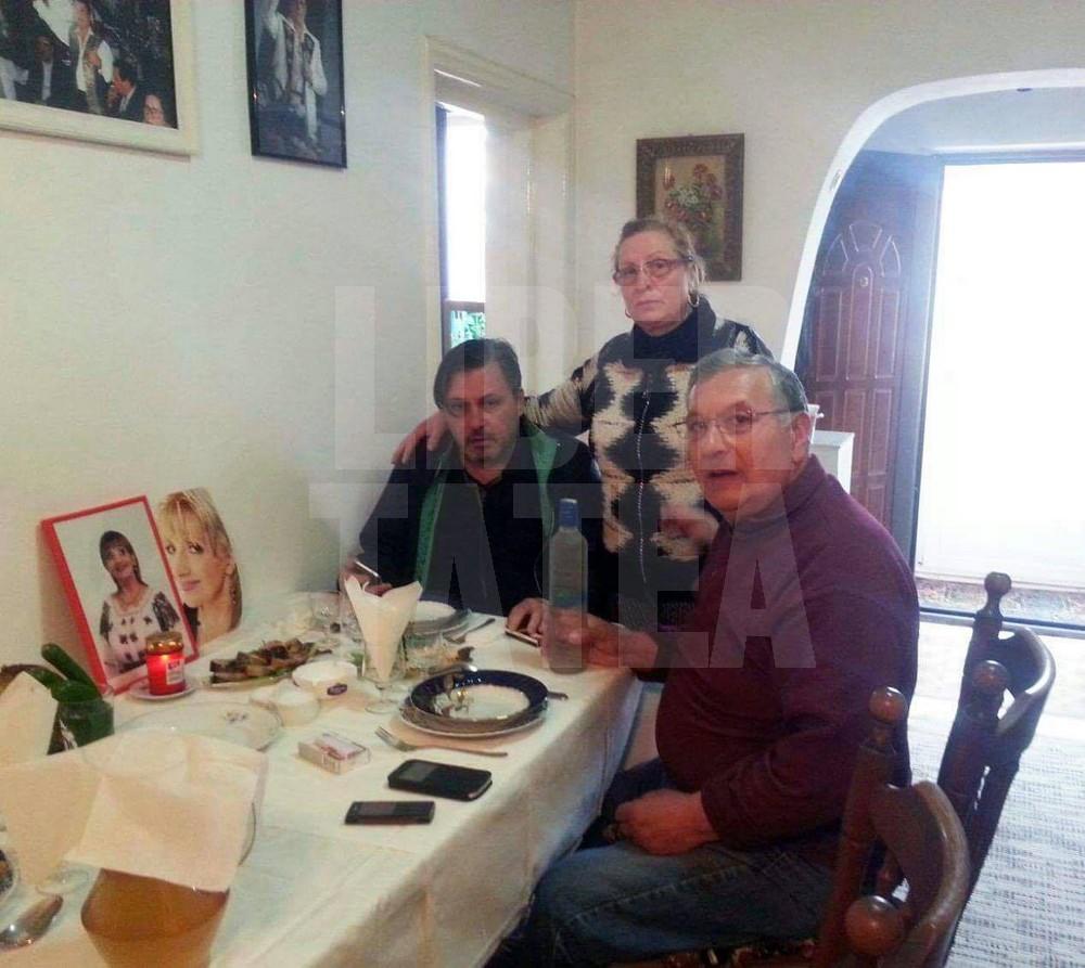 FOTO EXCLUSIV/ Prima Bunavestire fără Ileana Ciuculete. Cornel Galeș a pus poza soției pe masă pentru a o simți aproape