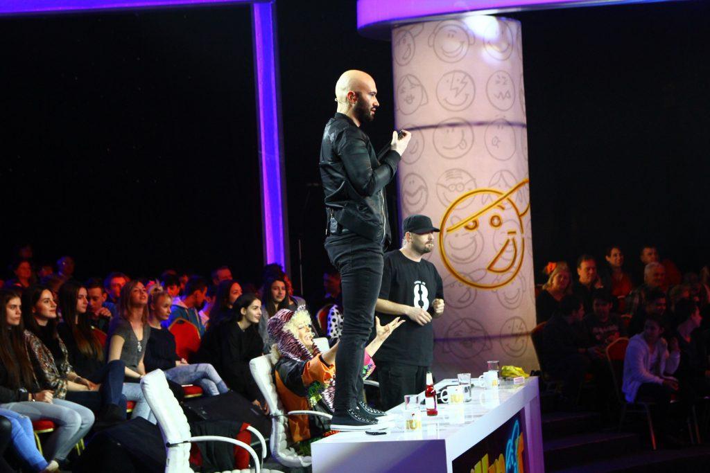 Mihai Bendeac, în picioare pe masa juriului. Ce se întâmplă la iUmor