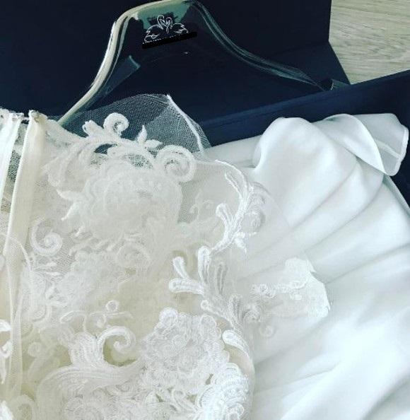 Andreea Bălan se căsătorește în America. Și-a făcut bagajele și le-a arătat tuturor rochia de mireasă