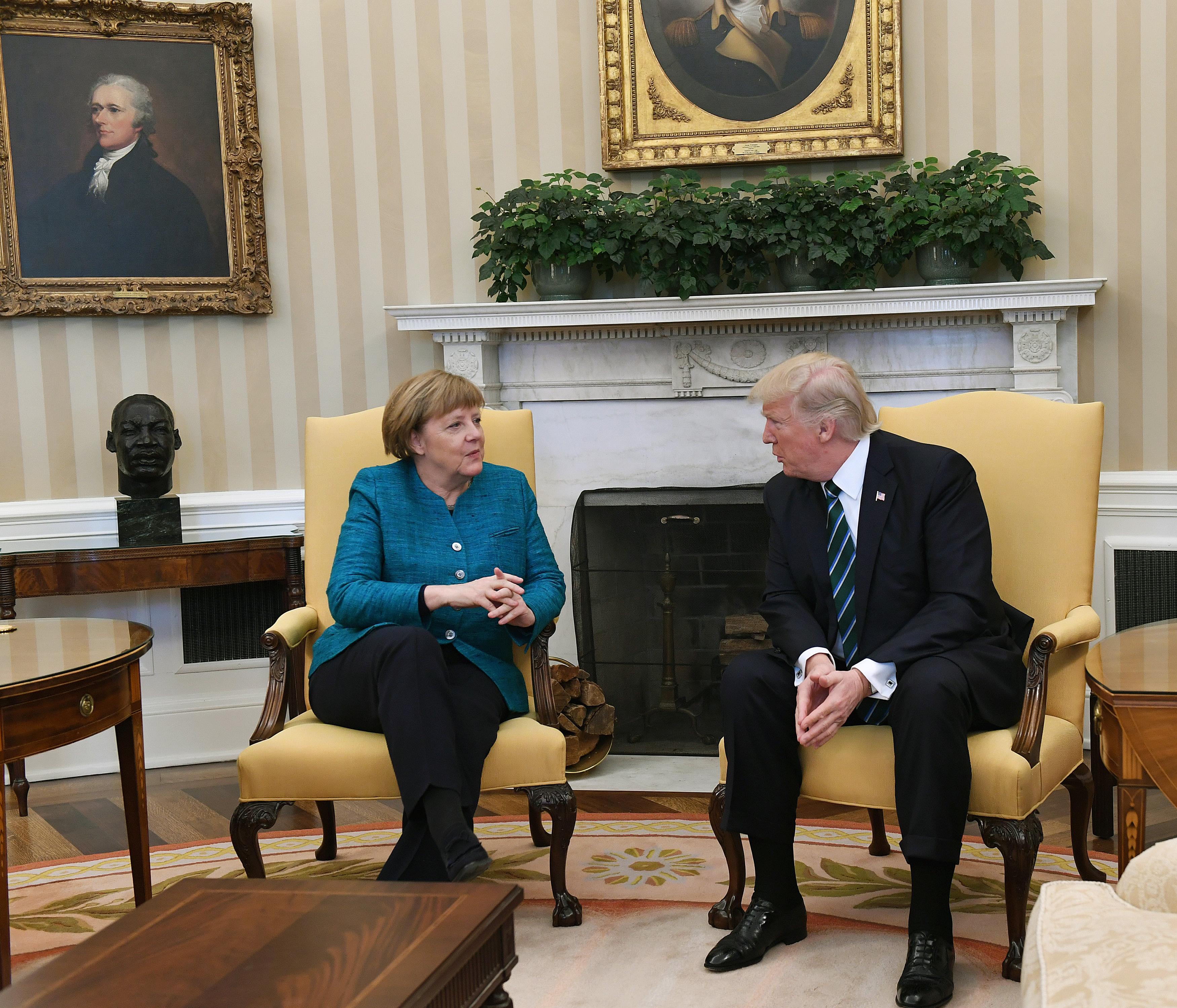 Angela Merkel și Donald Trump în Biroul Oval