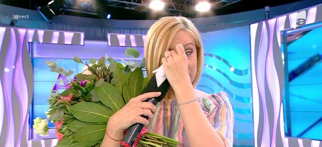 Simona Gherghe, în lacrimi la ultima emisiune. Nu s-a mai putut abține și a plâns în direct | FOTO